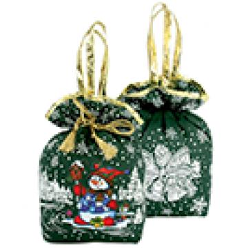 Подарки в упаковке из текстиля